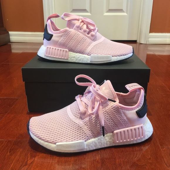 lowest price 70222 2e2a7 NIB New Adidas NMD R1 Shoes in Clear Pink NWT